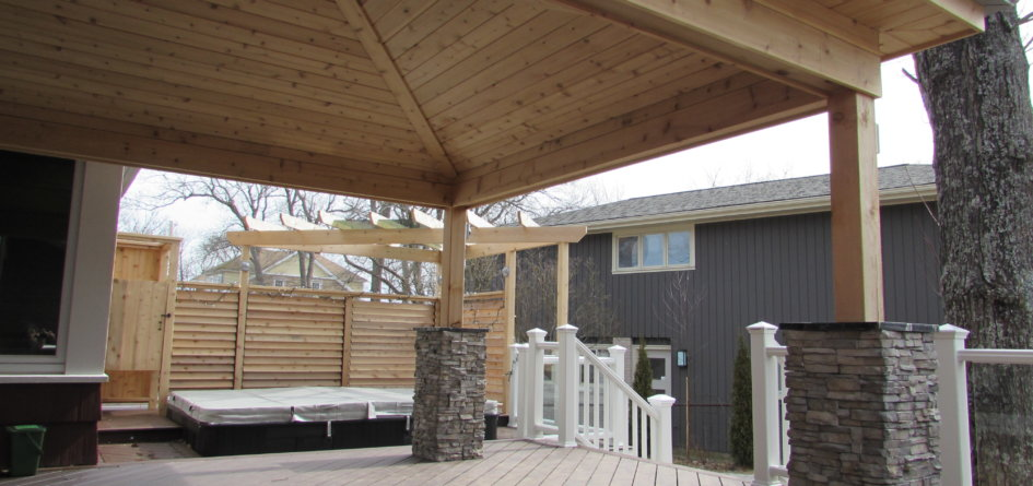 Canadian Home Builders Association Outdoor Living Renovation Award Winner